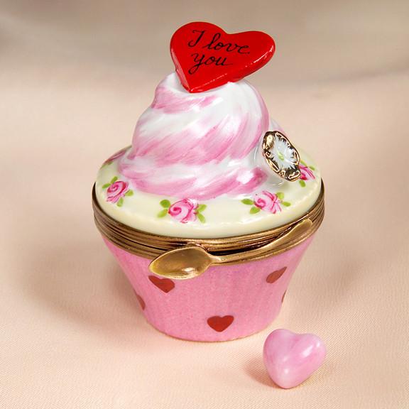 limoges i love you cupcake box - Cupcake Valentine Box